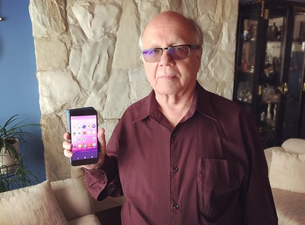 Sheldon Snider says 20 years of loyalty as a Rogers customer didn't pay off when a sales agent upsold and misled him. (Erica Johnson/CBC)
